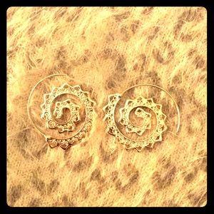 Jewelry - Swirl Hoop Earrings